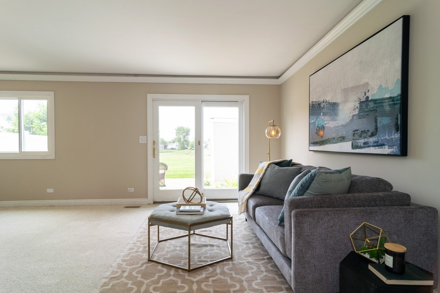 Real Estate Photography - 1125 Sausalito Court, Bartlett, IL, 60103 - Living Room