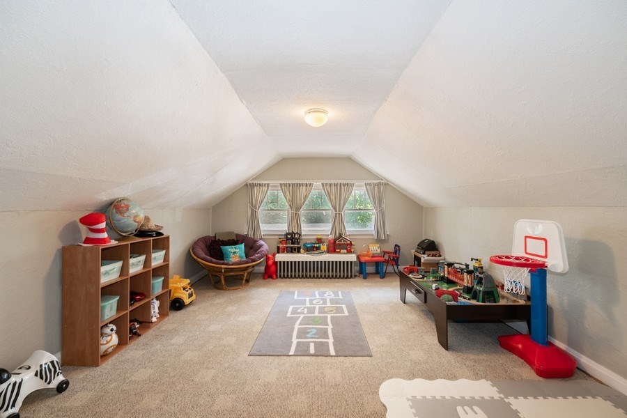 Real Estate Photography - 1636 Wisconsin Ave, Berwyn, IL, 60402 - Master Bedroom