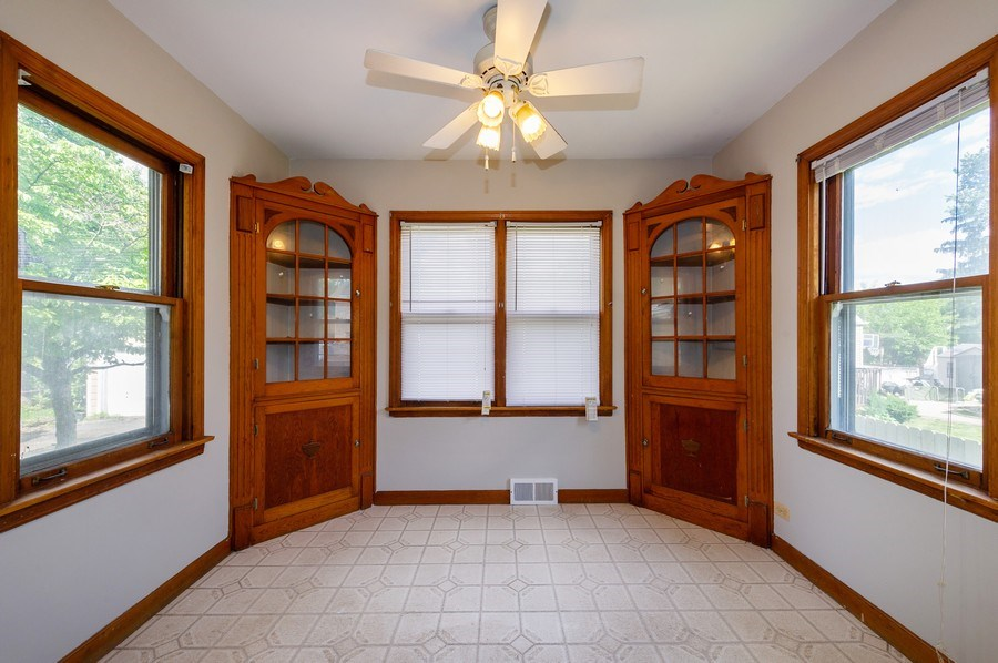 Real Estate Photography - 4315 Wenonah Avenue, Stickney, IL, 60402 -