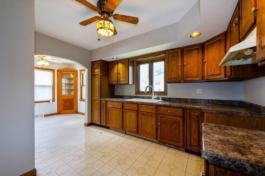 Real Estate Photography - 4315 Wenonah Avenue, Stickney, IL, 60402 - Kitchen