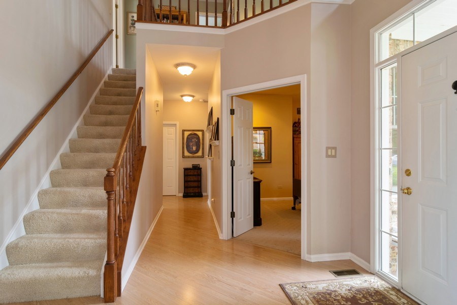 Real Estate Photography - 598 Golfers Lane, Bartlett, IL, 60103 - Foyer