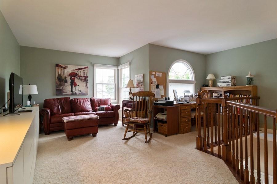Real Estate Photography - 598 Golfers Lane, Bartlett, IL, 60103 - Loft