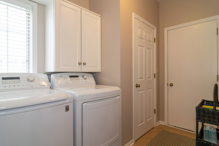Real Estate Photography - 598 Golfers Lane, Bartlett, IL, 60103 - Laundry Room