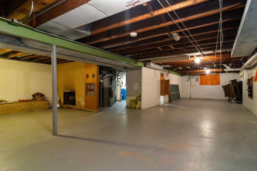 Real Estate Photography - 21W516 Army Trail Rd, Addison, IL, 60101 - Basement