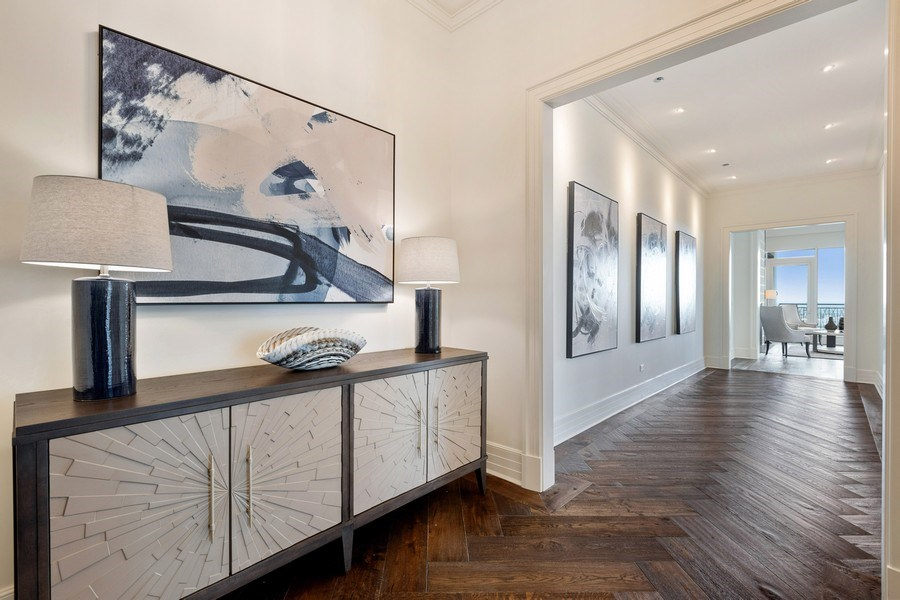 Real Estate Photography - 9 W. Walton Street, Unit 2902, Chicago, IL, 60610 - Foyer/ Gallery