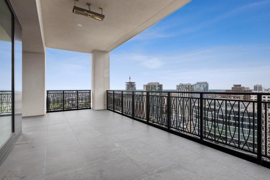 Real Estate Photography - 9 W. Walton Street, Unit 2902, Chicago, IL, 60610 - Terrace