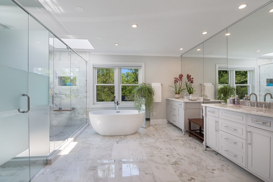 Real Estate Photography - 1288 Westmoor Trail, Winnetka, IL, 60093 - Master Bathroom