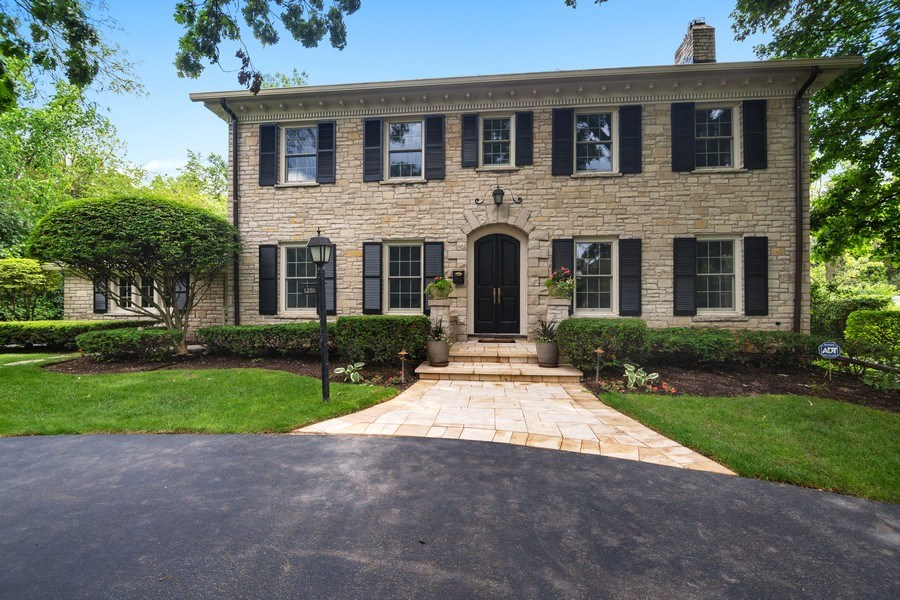 Real Estate Photography - 1288 Westmoor Trail, Winnetka, IL, 60093 - Front View