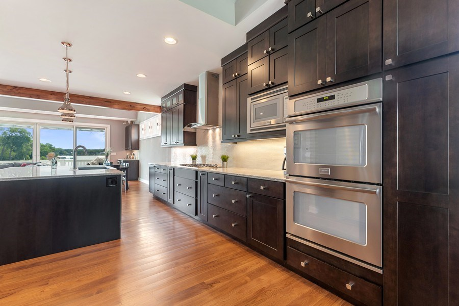 Real Estate Photography - 40669 North Newport Drive, Antioch, IL, 60002 - Kitchen