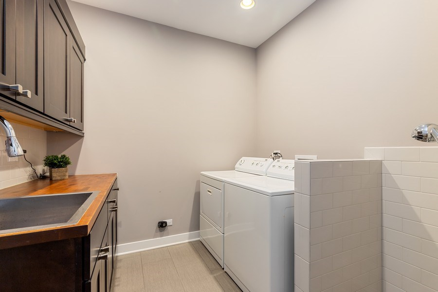 Real Estate Photography - 40669 North Newport Drive, Antioch, IL, 60002 - Laundry Room