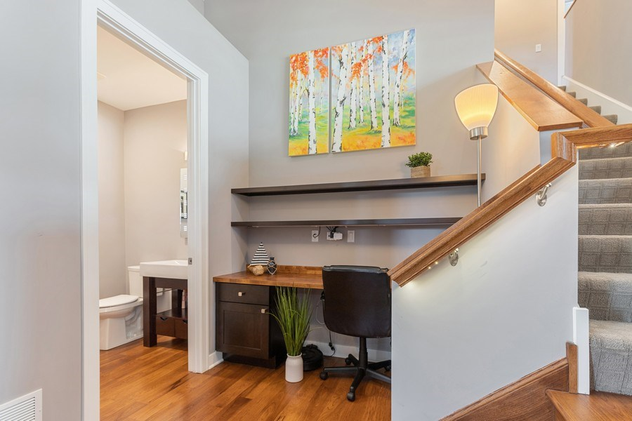 Real Estate Photography - 40669 North Newport Drive, Antioch, IL, 60002 - Hallway