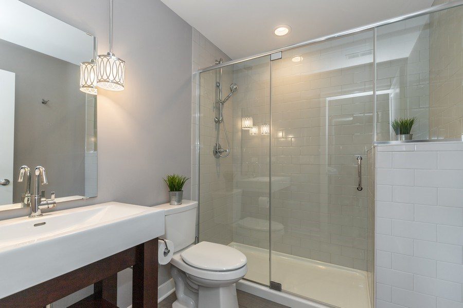 Real Estate Photography - 40669 North Newport Drive, Antioch, IL, 60002 - Bathroom