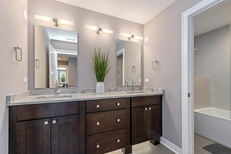 Real Estate Photography - 40669 North Newport Drive, Antioch, IL, 60002 - 2nd Bathroom