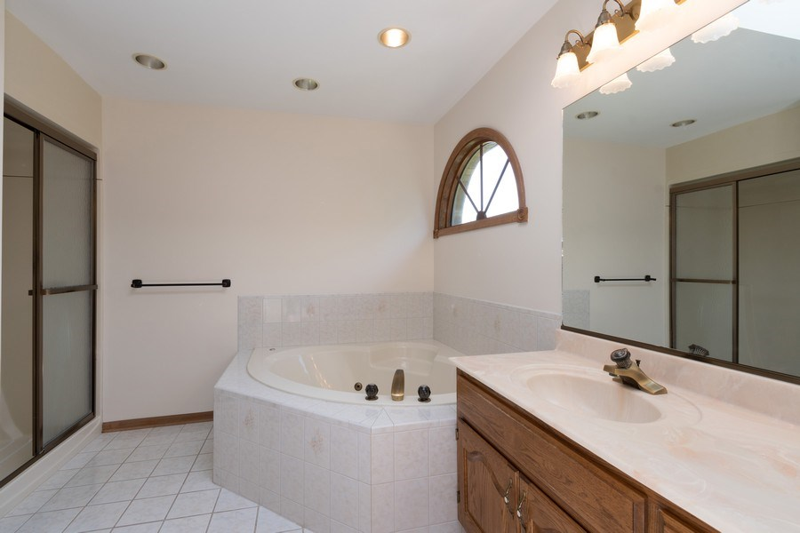 Real Estate Photography - 10840 West 153Rd St, Orland Park, IL, 60467 - Master Bathroom