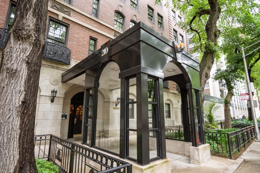 Real Estate Photography - 210 E. PEARSON Street, Unit 4D, Chicago, IL, 60611 - Front View
