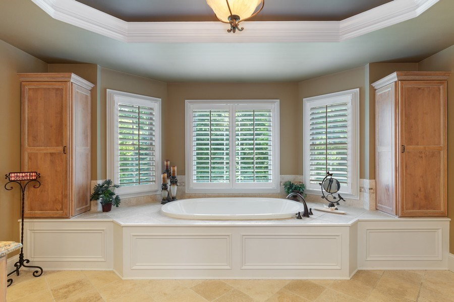 Real Estate Photography - 5620 Meadowbrook Lane, Crystal Lake, IL, 60014 - Master Bathroom