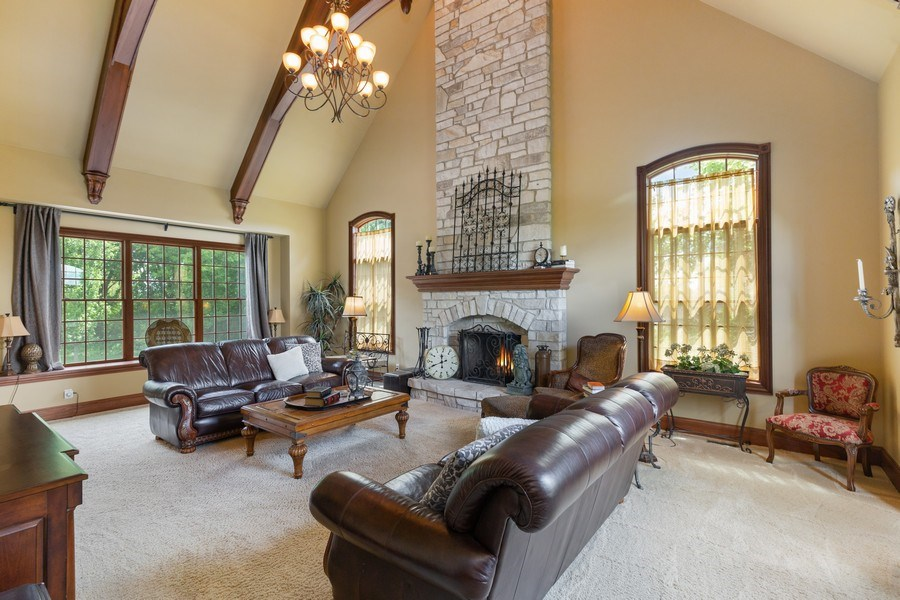 Real Estate Photography - 5620 Meadowbrook Lane, Crystal Lake, IL, 60014 - Family Room