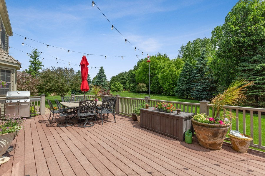 Real Estate Photography - 5620 Meadowbrook Lane, Crystal Lake, IL, 60014 - Deck