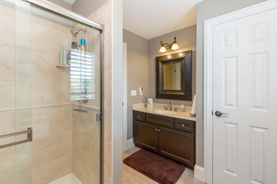 Real Estate Photography - 5620 Meadowbrook Lane, Crystal Lake, IL, 60014 - 2nd Bathroom
