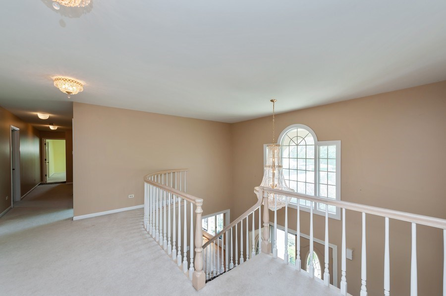 Real Estate Photography - 14 South Meadow Ct, South Barrington, IL, 60010 - 2nd Level