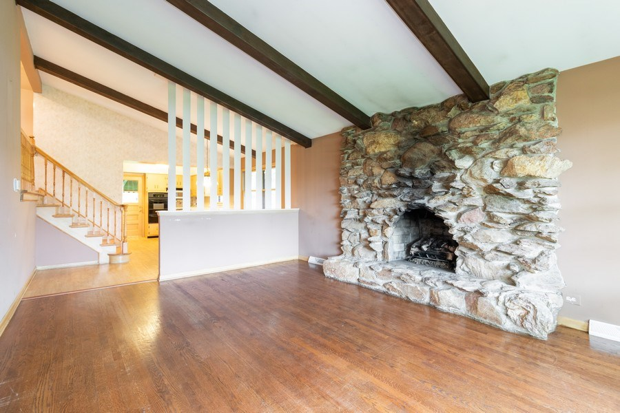 Real Estate Photography - 10850 S. Natchez Avenue, Worth, IL, 60482 - Living Room