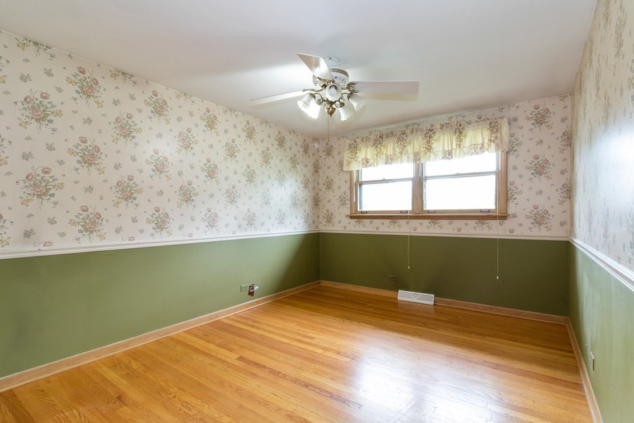 Real Estate Photography - 10850 S. Natchez Avenue, Worth, IL, 60482 - Master Bedroom