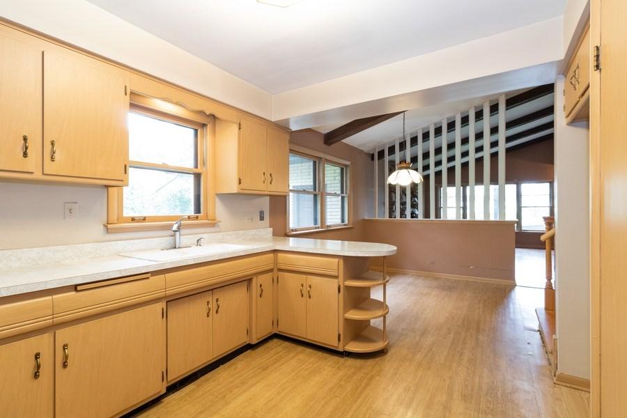 Real Estate Photography - 10850 S. Natchez Avenue, Worth, IL, 60482 - Kitchen