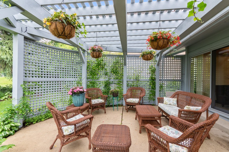 Real Estate Photography - 821 Burning Tree Ln, Naperville, IL, 60563 - Private mid level patio