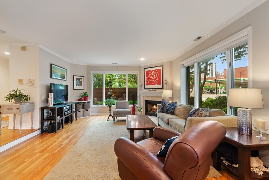 Real Estate Photography - 1720 N. La Salle Drive, Unit 7, Chicago, IL, 60614 - Living Room
