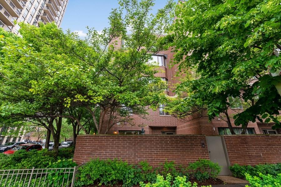 Real Estate Photography - 1720 N. La Salle Drive, Unit 7, Chicago, IL, 60614 - Front View