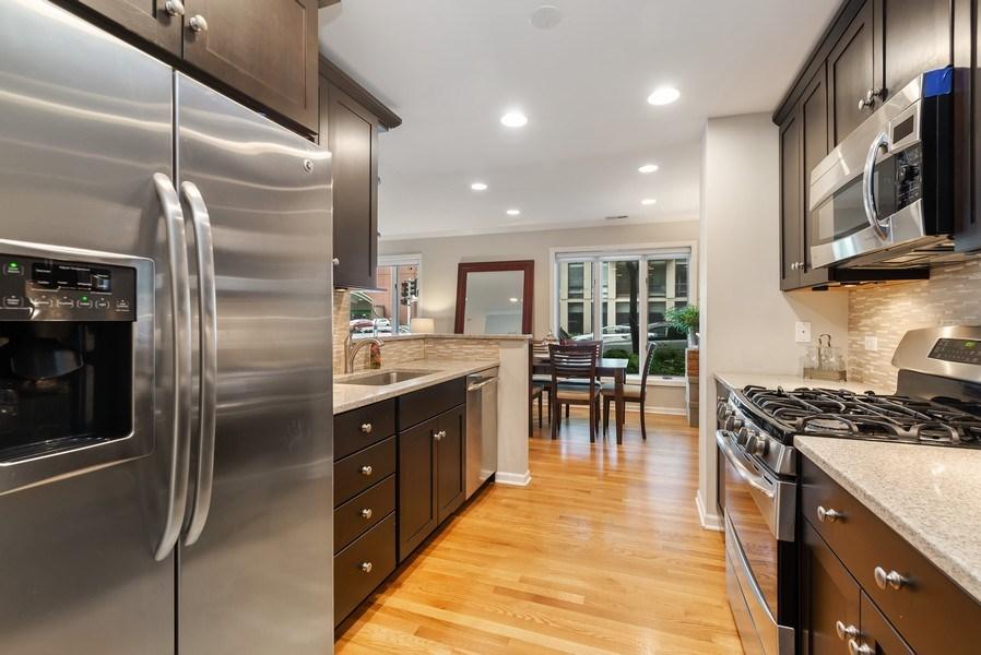 Real Estate Photography - 1720 N. La Salle Drive, Unit 7, Chicago, IL, 60614 - Kitchen