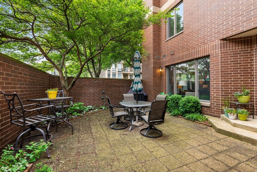 Real Estate Photography - 1720 N. La Salle Drive, Unit 7, Chicago, IL, 60614 - Patio