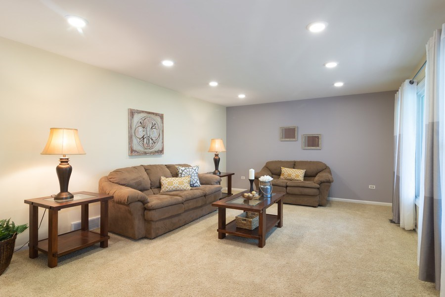 Real Estate Photography - 1339 E. Best Drive, Arlington Heights, IL, 60004 - Living Room
