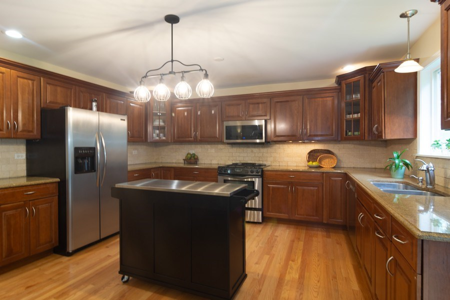 Real Estate Photography - 1339 E. Best Drive, Arlington Heights, IL, 60004 - Large Kitchen accommodates a crowd