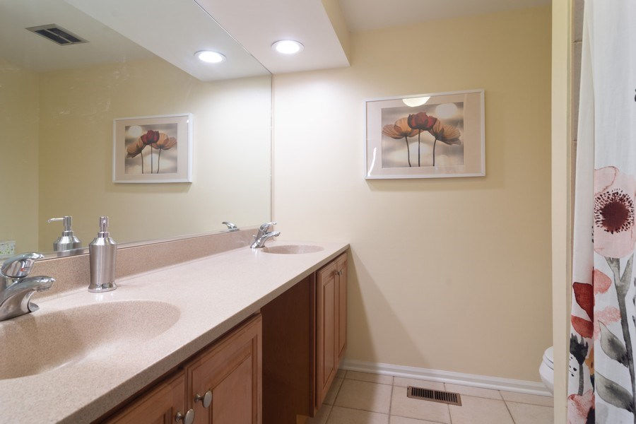 Real Estate Photography - 1339 E. Best Drive, Arlington Heights, IL, 60004 - Bathroom