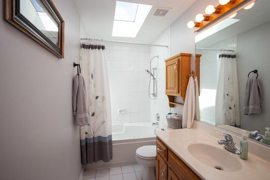 Real Estate Photography - 189 Martha Street, Bensenville, IL, 60106 - Bathroom