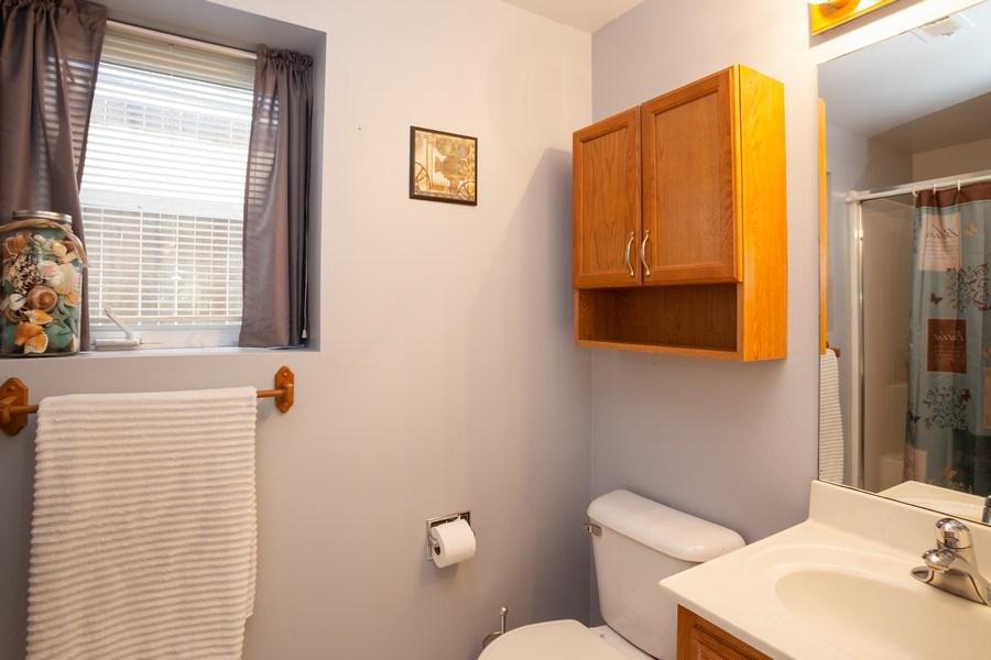 Real Estate Photography - 189 Martha Street, Bensenville, IL, 60106 - 2nd Bathroom
