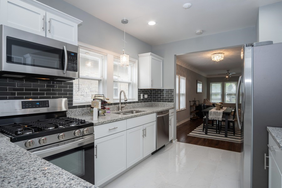 Real Estate Photography - 3127 Highland Avenue, Berwyn, IL, 60402 - Kitchen