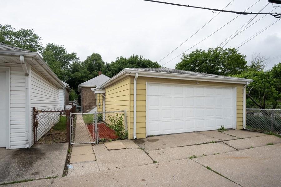 Real Estate Photography - 3127 Highland Avenue, Berwyn, IL, 60402 - Garage