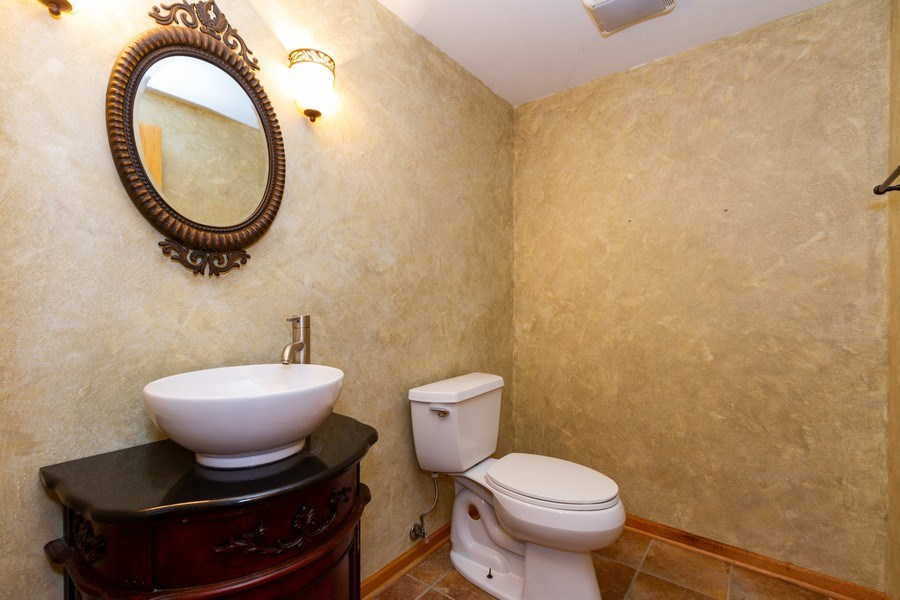 Real Estate Photography - 6810 White Egret Ct, Tinley Park, IL, 60477 - 3rd Bathroom