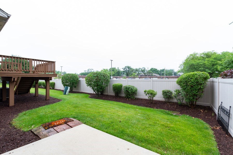 Real Estate Photography - 6810 White Egret Ct, Tinley Park, IL, 60477 - Back Yard