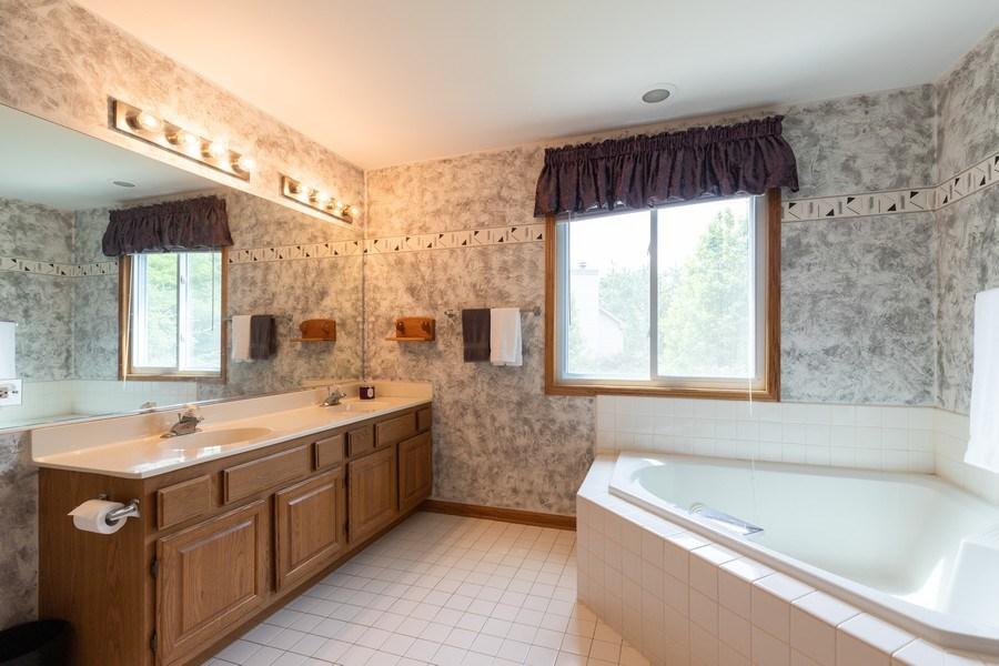 Real Estate Photography - 297 North Cambridge Ct, Grayslake, IL, 60030 - Master Bathroom