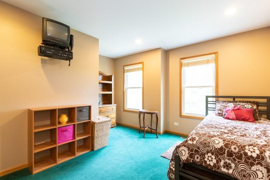 Real Estate Photography - 297 North Cambridge Ct, Grayslake, IL, 60030 - 4th Bedroom