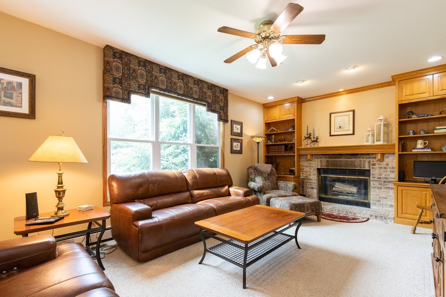 Real Estate Photography - 297 North Cambridge Ct, Grayslake, IL, 60030 - Family Room