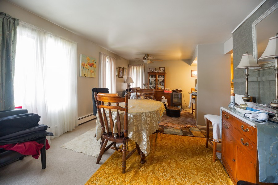 Real Estate Photography - 816 W. Saint James Street, Unit 2SW, Arlington Heights, IL, 60005 - Dining Room
