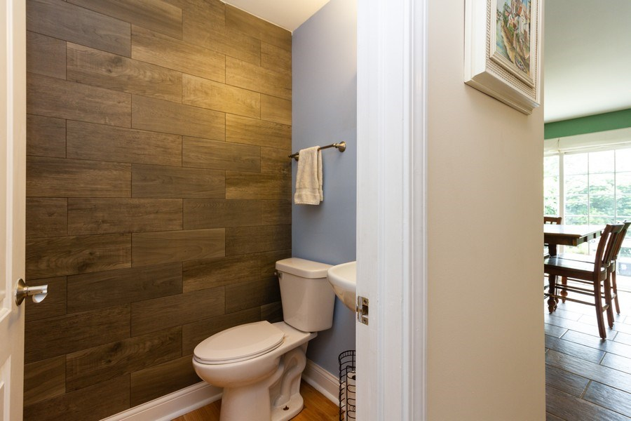 Real Estate Photography - 20035 Delphi Dr, Olympia Fields, IL, 60461 - 4th Bathroom