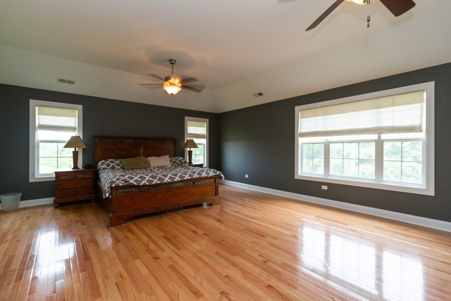 Real Estate Photography - 20035 Delphi Dr, Olympia Fields, IL, 60461 - Master Bedroom