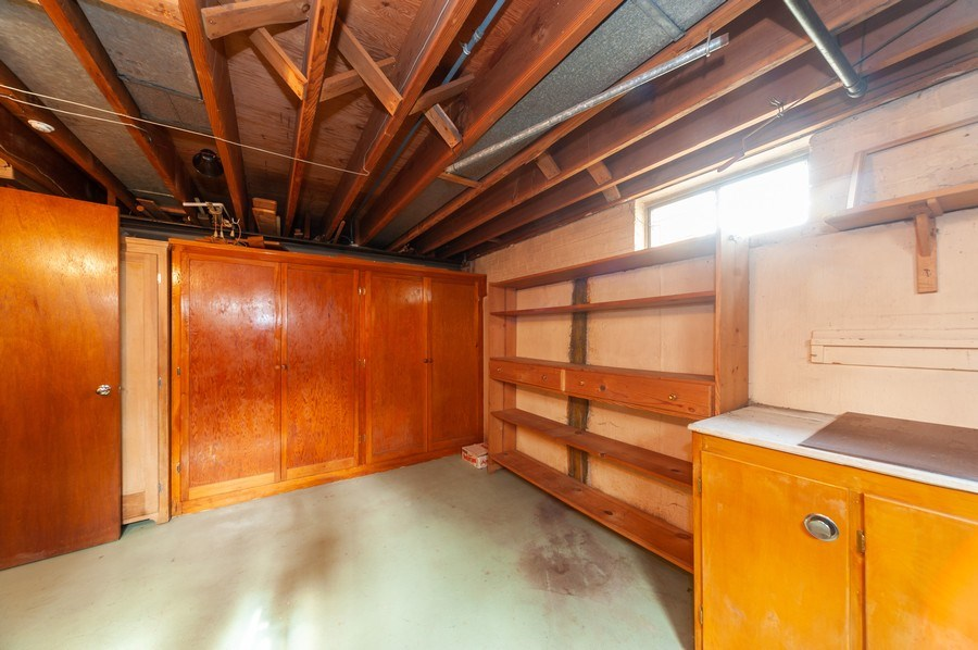 Real Estate Photography - 306 S. WATERMAN Avenue, Arlington Heights, IL, 60004 - Workroom-Closets-Storage