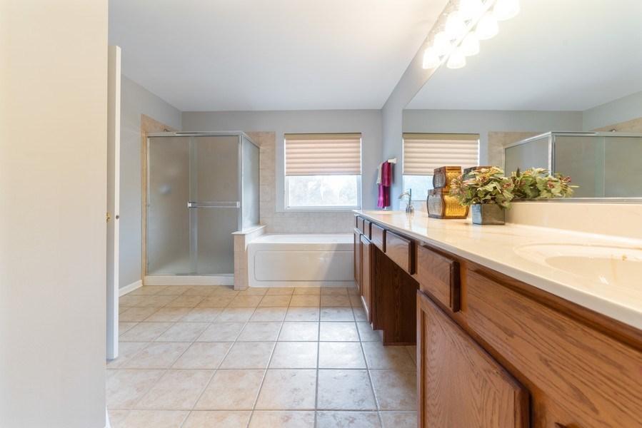 Real Estate Photography - 777 Barclay Drive, Bolingbrook, IL, 60440 - Master Bathroom