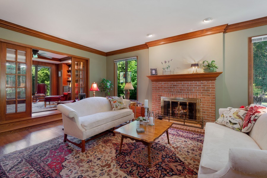 Real Estate Photography - 258 Pebble Creek Drive, Tower Lakes, IL, 60010 - Living Room